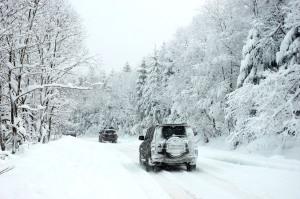 Winterreifen bei Eis und Schnee